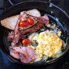 breakfast cast iron skillet