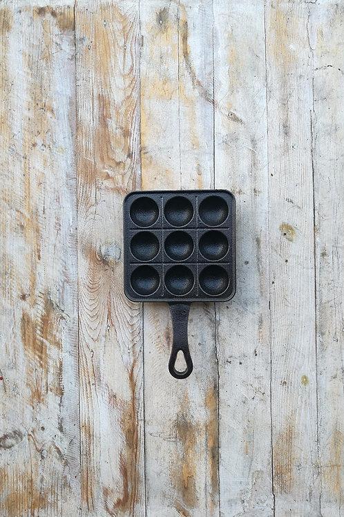 กระทะเหล็กหล่อหลุม 9 หลุม ขนาด 6 นิ้ว * 6 นิ้ว Pre-seasoned cast iron 6 inches