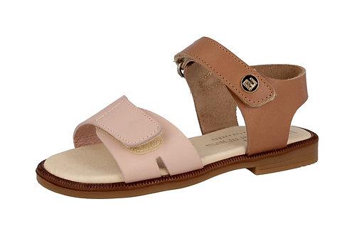 Sandalia de cuero rosa