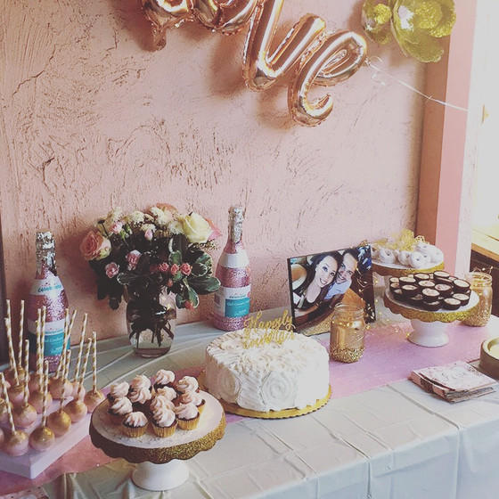 How to throw a Bachelorette Party with henna
