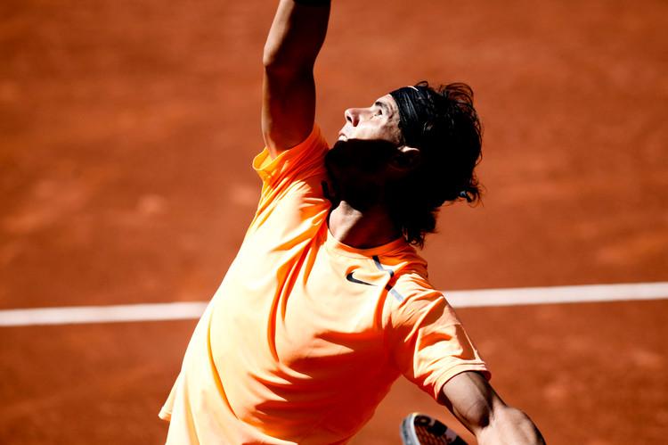 01 Rafa Nadal_Open Barcelona 2012_luna c