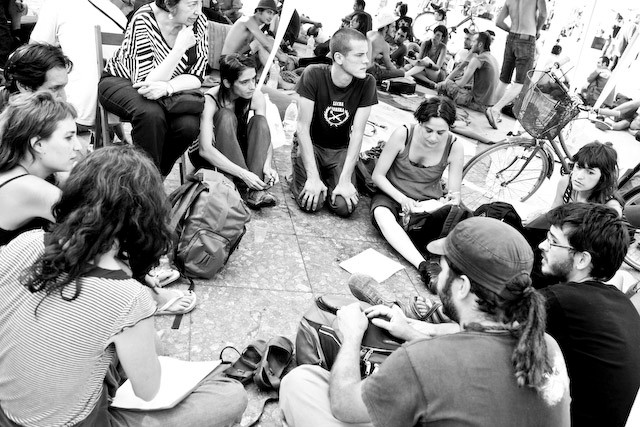 Spanish Revolution 24 may 2011 luna copp
