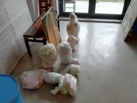 @上海 個展のためのパッケージングをしています。