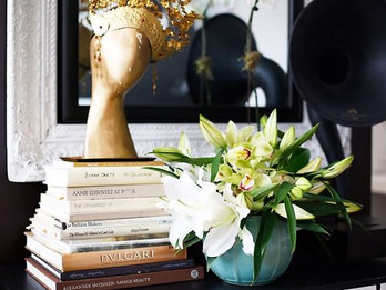 Style Tips: How to style with books