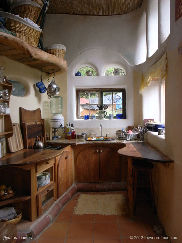 Green Living: Natural Homes