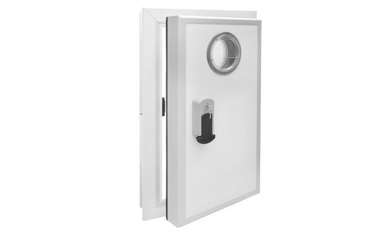 דלת צירים חדר קירור.jpg
