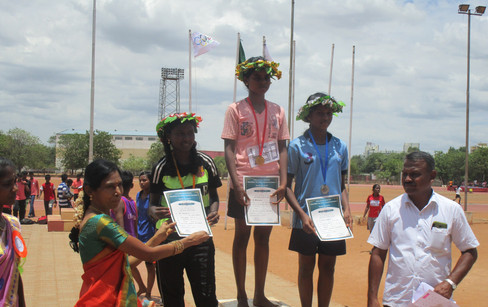 Bhavana (1st Prize) and Manimegalai (2nd Prize) in 1500 m running