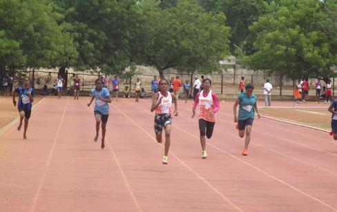 I. Tirisha - 2nd prize in 3000m running