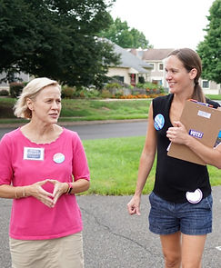 Maria-Collett-DC-canvassers_edited.jpg