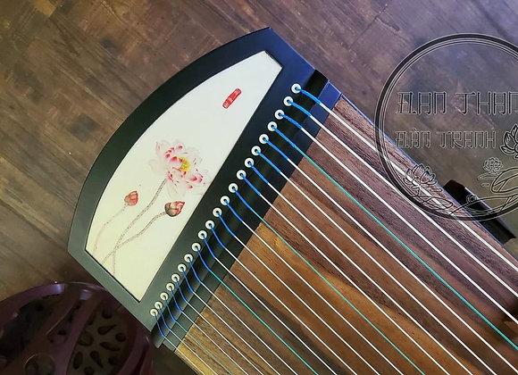 Guzheng mini 1m25 loại cao cấp âm hay hoạ tiết sen đơn giản ,tinh tế