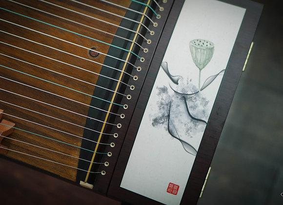 Guzheng họa tiết Hoa sen thanh thoát