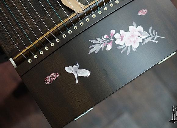 Guzheng fullsize 1m63 hoạ tiết hoa anh đào