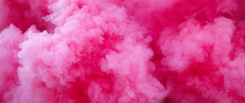 csm_pink_smoke_64528613a9.jpg