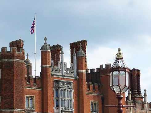 Hampton court palace unsplash.jpg