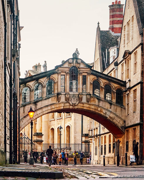 Oxford - unsplash free.jpg