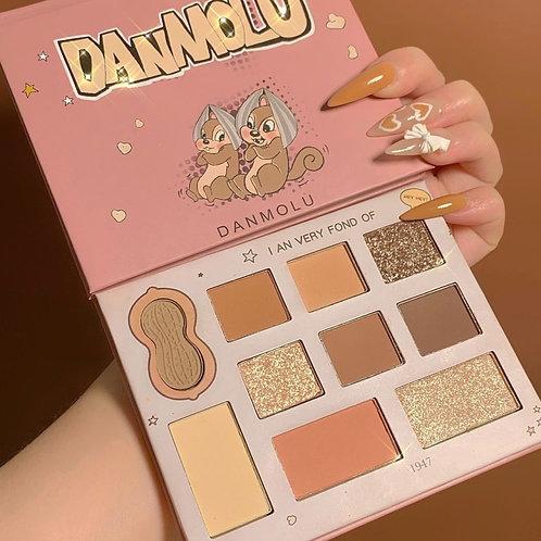 DANMOLU Scraping Mouse Eyeshadow Palette Pigment Kit Set Ins Girl Cute Peanut
