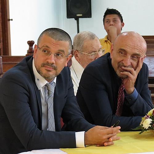 Presentación Embajador Italia - Colegio Jesús Divino Obrero