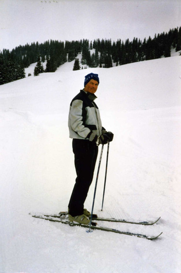 1988 March 15 Frank skiing at the RAOC S