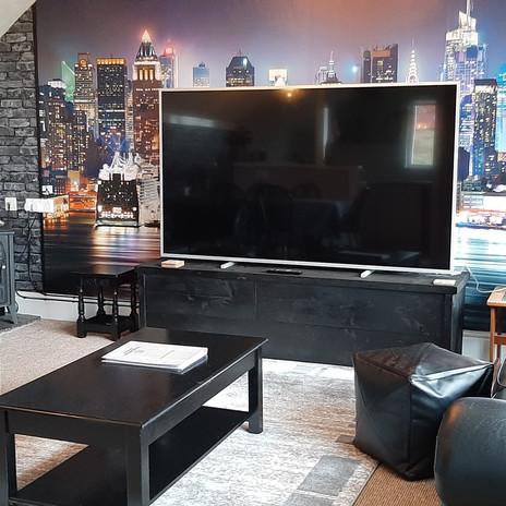 Maple living area