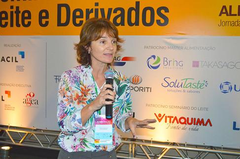 Milene Cristina Cé