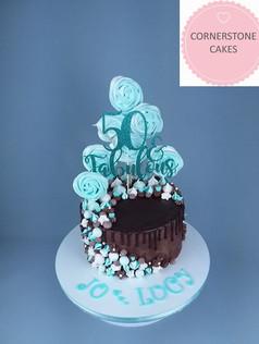 Meringue Pops & Kisses Cake