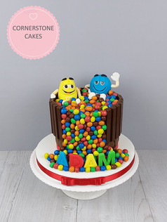 Character Jacuzzi Cake