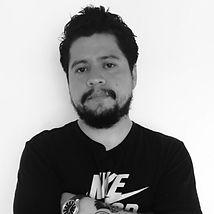 Roberto%20Corrales_edited.jpg