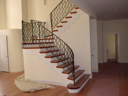 interior-two-side-of-the-staircase-designed-for-iron-pattern-of-staircase-railin