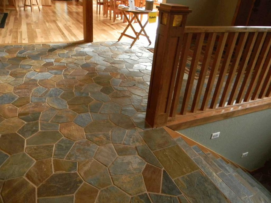 classic-tile-floor-pattern-915x686.jpg