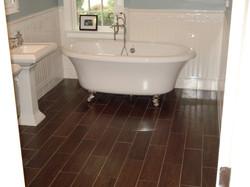 tiles-decorations-gorgeous-wood-look-tile-floors-for-inspiring-bathroom-flooring