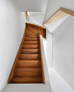 Unique-Wooden-Staircase.jpg