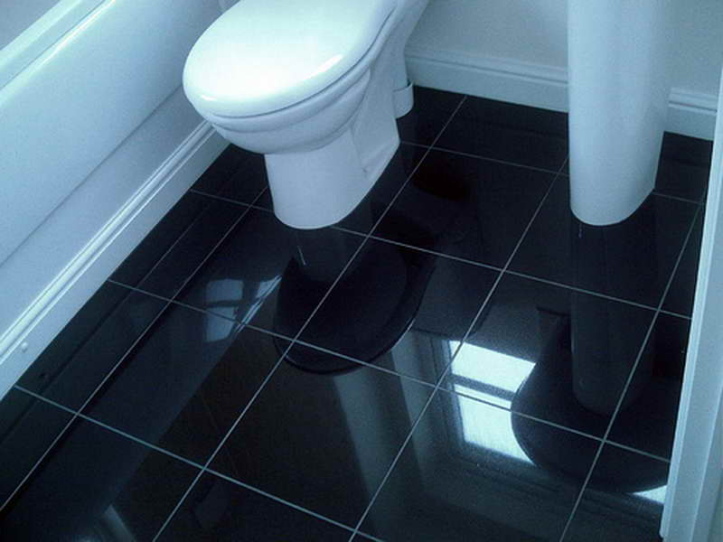 Bathroom-Black-Tile-Flooring-Ideas.jpg