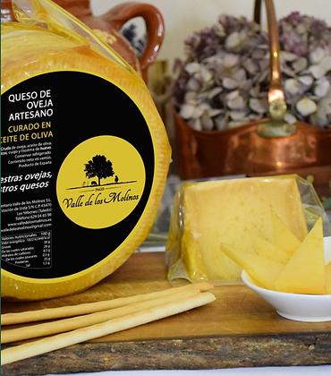 Cuña de queso Curado en Aceite de Oliva