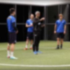 striker_coaching_football_soccer.jpg