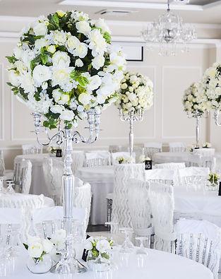 elegant wedding reception table arrangem