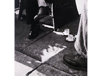 #László #Moholy-Nagy, At #Coffee, c. #1920s #coffeebreak #blackandwhite #photo #fashionshoe #referen