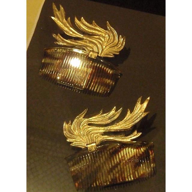 Instagram - #ElsaSchiaparelli #Tortoiseshell & #Gilt #Hair #Combs #1935 #Gold