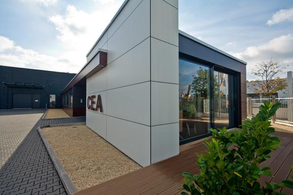 CEA_Eingang.jpg