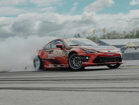 TRACK-DAY ESSENTIALS FOR RACE CAR DRIVERS AND ENTHUSIASTS