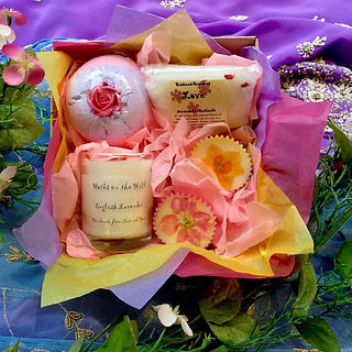 bath bomb, gift box, candle, bath salts, bath melts, rose, love