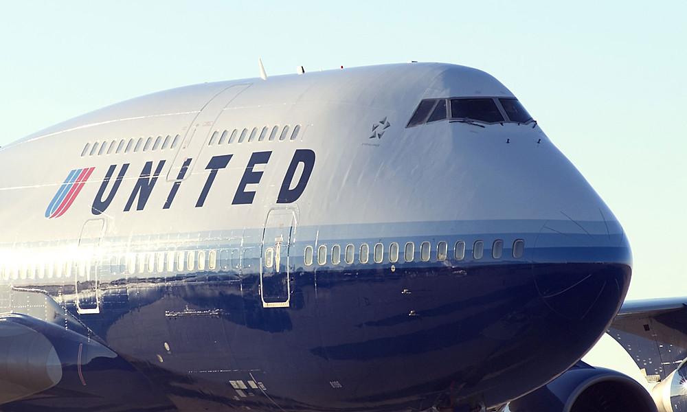 united-airlines-jumbo.jpg