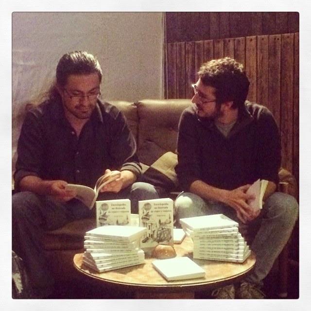 Sergio Gama con el periodista Javier Osuna.