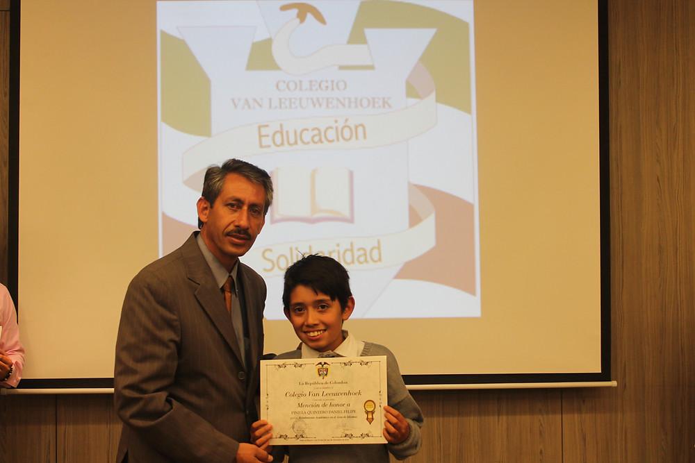 Licenciado Rafael Gómez, Rector del Colegio Van Leeuwenhoek