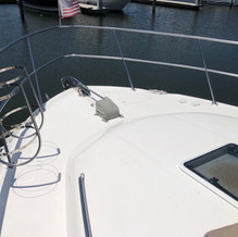 42 Sea Ray Aft Cabin Foredeck