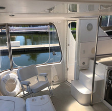 42 Sea Ray Aft Cabin Aft Deck Port