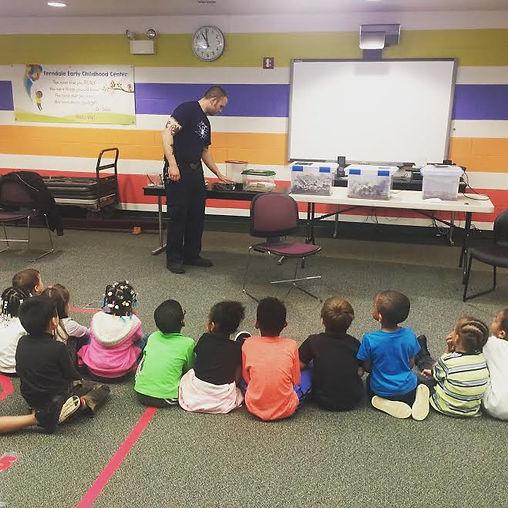 bug presentation to preschoolers