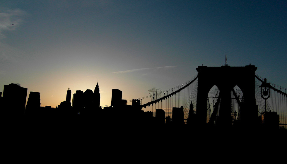 Brooklyn bridge at dusk, 2009.