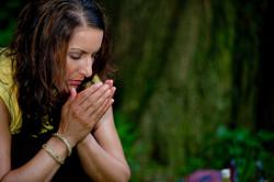 Sara cinducting ceremony