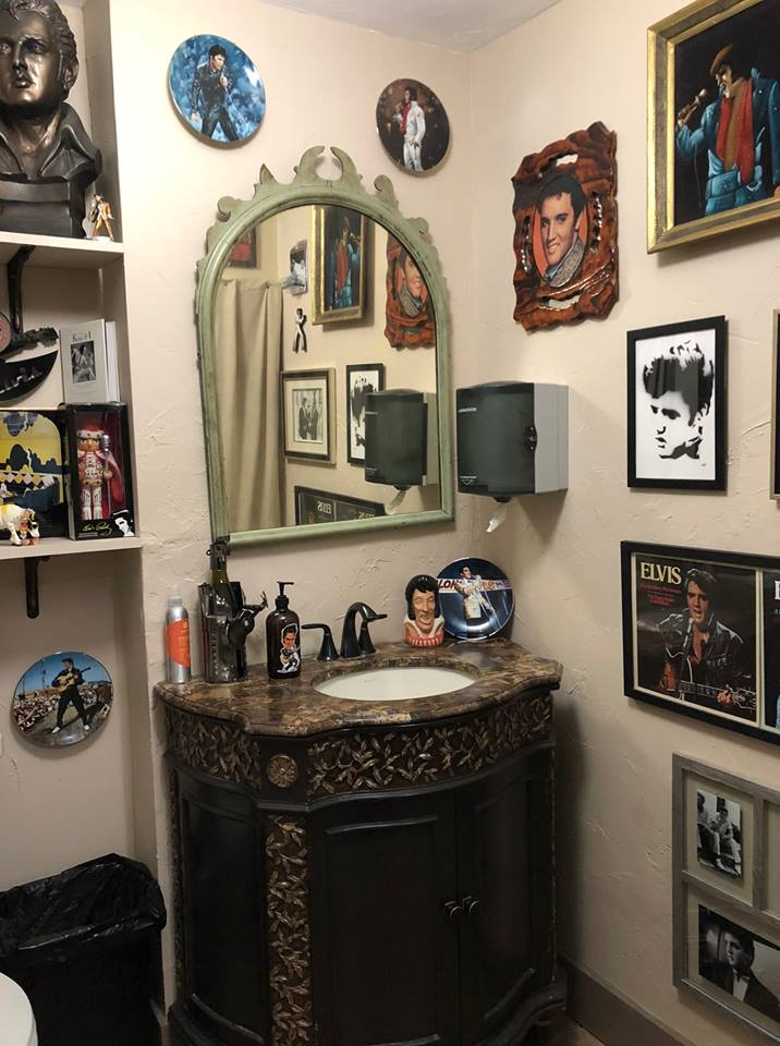 Elvis Bathroom