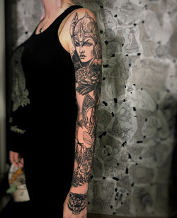 Norse sleeve
